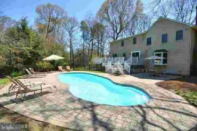 211 Ambleside Dr Severna Park Five BR, Vacation at home w/your