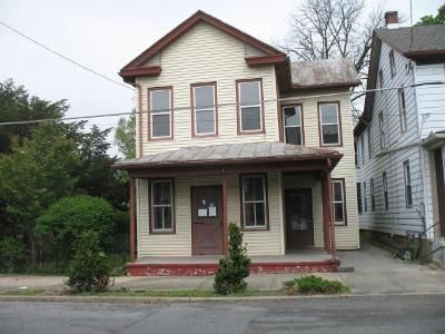 2 Bed 2 Bath Foreclosure Property in Myerstown, PA 17067 - S Railroad St