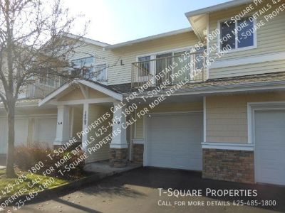 Available Soon! 2 Bed 1 Bath ! Top Floor Condo! Lots of Light! W/S Included!