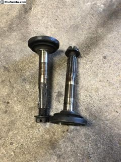 Late Beetle Rear Stub Axles w/Nuts Good Used Pair