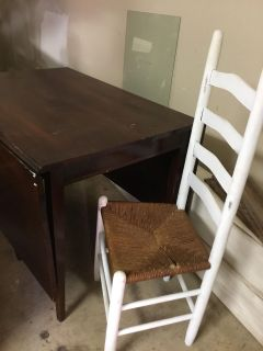 Antique table and 2 chairs. GUC. Asking 100.00