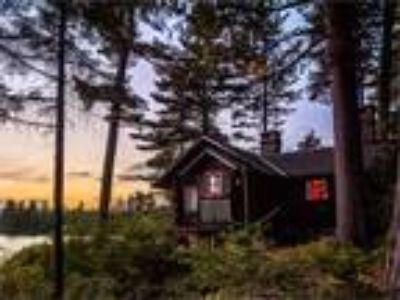 Six BR Residential In Raquette Lake, Usa (ref. 27754632)