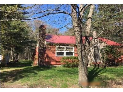 2 Bed 1 Bath Foreclosure Property in Epping, NH 03042 - Exeter Rd