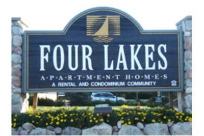 Country Club Living in the Four Lakes Complex!