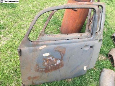 NOS 1967 drivers door beetle bug dealer old stock