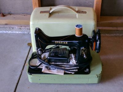 Spartan lightweight sewing machine