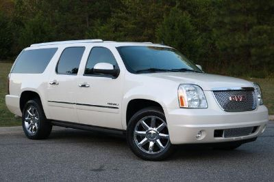 2014 GMC Yukon XL Denali (White)