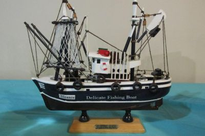 Handcrafted Collectible Delicate Fishing Boat Flying Lady Model Best part it's already put together to start enjoying!