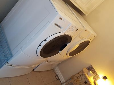 Kenmore washer and gas dryer, front loader. Works! Moving must sell