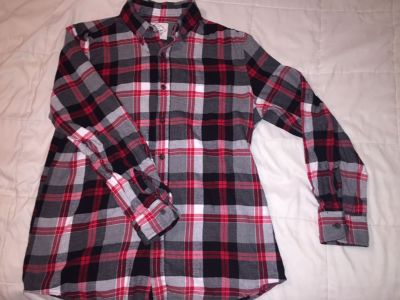 St. John s bay medium button down shirt