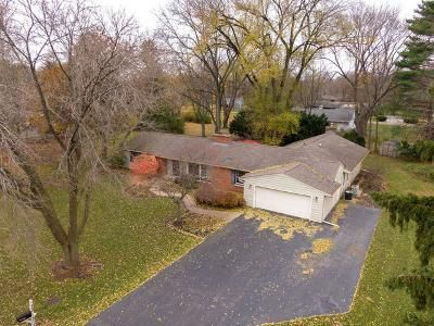 3 Bed 3 Bath Foreclosure Property in Crystal Lake, IL 60014 - Cumberland Ln