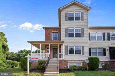 129 Winslow Pl Prince Frederick Four BR, 4 Level Townhome at 3
