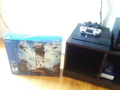 PS4 With 2 Controllers Battlefront Package