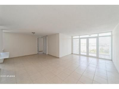 3 Bed 1 Bath Foreclosure Property in San Juan, PR 00917 - El Duero Cond