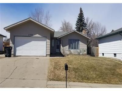 3 Bed 2 Bath Foreclosure Property in Bismarck, ND 58501 - N 20th St