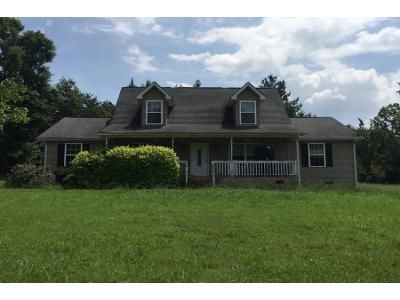 2.0 Bath Preforeclosure Property in Chatsworth, GA 30705 - Earls Way
