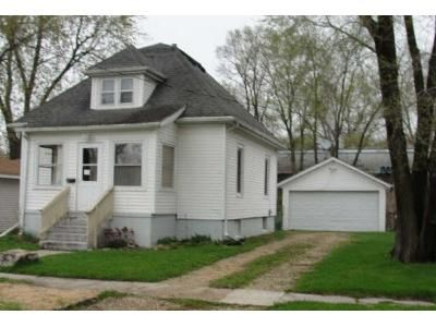 3 Bed 1.5 Bath Foreclosure Property in South Beloit, IL 61080 - Northwestern Ave