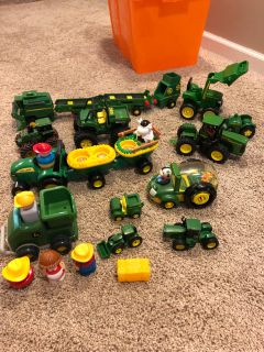 EUC lot of John Deere toys