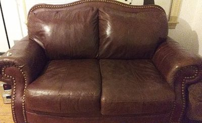 Very comfortable leather love seat