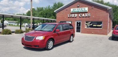 2008 Chrysler Town & Country Touring (RED)