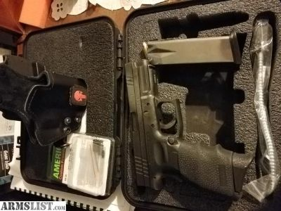 For Sale: Springfield XD 9mm 4 1/2 barrel 2 16 rd mags