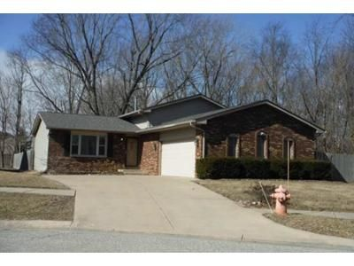 3 Bed 2 Bath Foreclosure Property in Hobart, IN 46342 - State St