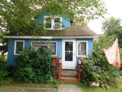 2 Bed 2 Bath Foreclosure Property in Highland, NY 12528 - Grove St