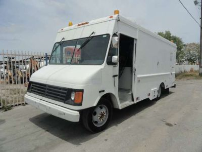 1999 GMC P30 CUES TV Inspection Vehicle