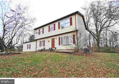 5665 Old Easton Rd Doylestown Three BR, **MOTIVATED SELLERS** If