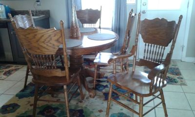 kitchen table with leaf and six chairs