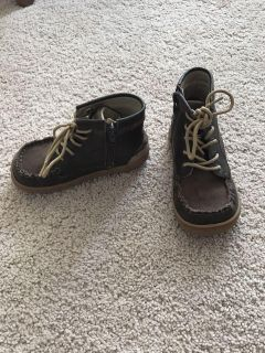 Livie ans Luca Toro boots size 10
