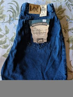 NWT Lee Relaxed Fit Jean Shorts
