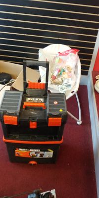 Tool box on wheels