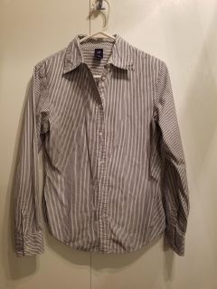 Gap Button-up: gray and white striped. Size S