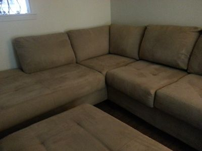 MICROFIBER SECTIONAL COUCH WITH CHAISE AND OTTOMAN
