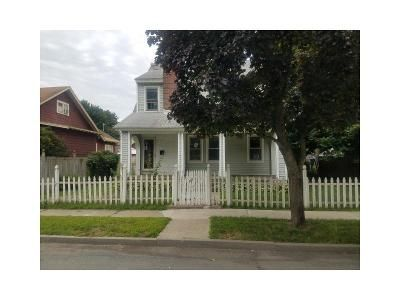 3 Bed 1.5 Bath Foreclosure Property in Troy, NY 12180 - 7th Ave