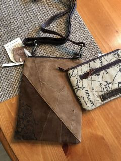 NWT leather crossbody bag with smaller pouch included. 8 x6 . Ppu