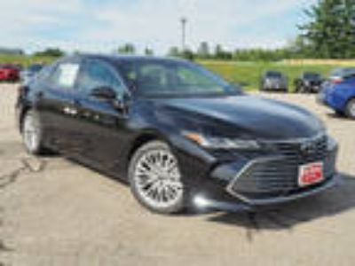 2019 Toyota Avalon Black