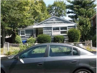 Foreclosure - Mooreland St, Springfield MA 01104