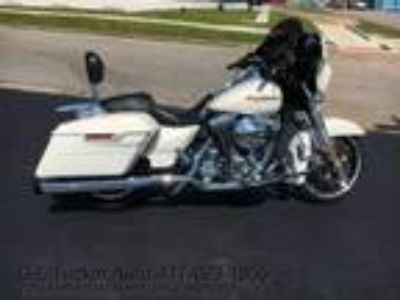 Used 2014 Harley-Davidson FLHXS for sale in Joplin