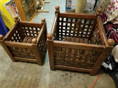 Woven wood crates
