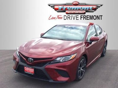 2018 Toyota Camry SE Auto (RUBY FLARE PEARL)