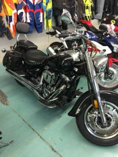 2006 Yamaha Road Star Midnight Cruiser Motorcycles Coloma, MI