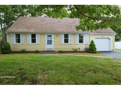 3 Bed 2 Bath Foreclosure Property in Osterville, MA 02655 - Seth Goodspeed Way