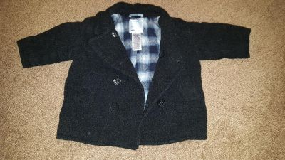 Gently used Old Navy infant coat 6-12m