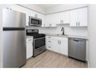 Rushwood Apartments - One BR Classic