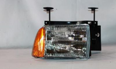 Buy 95-97 CHEVROLET BLAZER HEAD LIGHT NEW TYC RIGHT motorcycle in Grand Prairie, Texas, US, for US $44.81