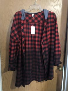 Boutique Ombre Flannel Top with Hood and Pockets