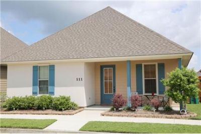Youngsville 3Bed/2bath cottage