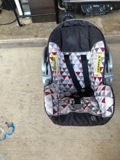 BabyTrend Baby Carrier And Car Seat Base